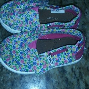 Infant Size Toms 5T